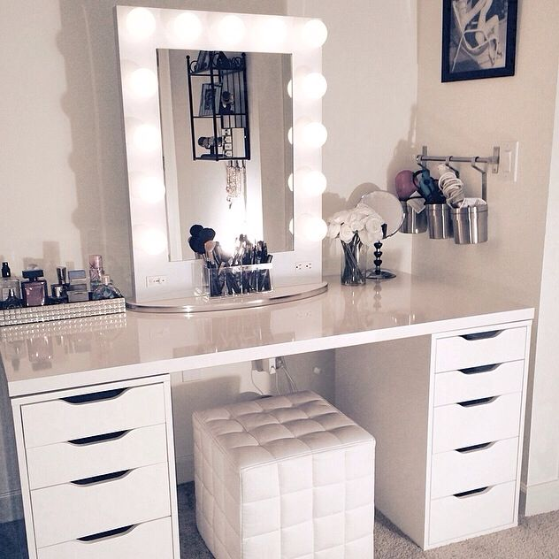 Nice White Vanity With Mirror Best 25 White Vanity Desk Ideas On Pinterest White Makeup
