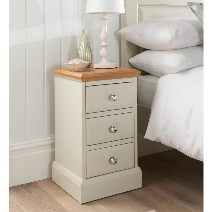 Stunning 18 Inch Bedside Table Nightstand Appealing Cherry Bedside Table Bedroom Side Tables