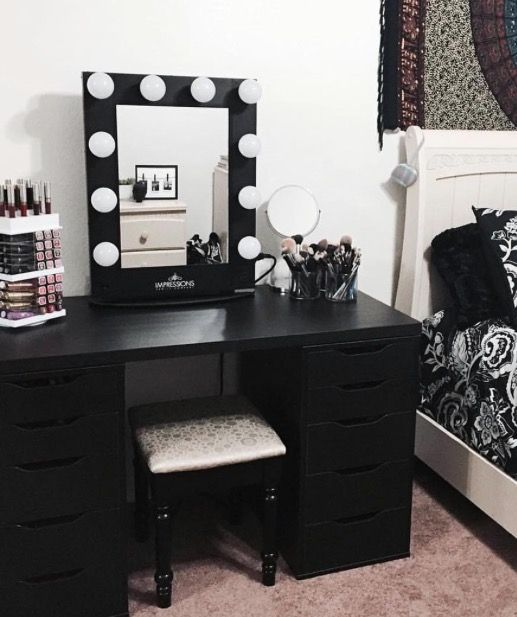 Stunning Black And White Makeup Vanity Best 25 Black Makeup Vanity Ideas On Pinterest Black Ikea