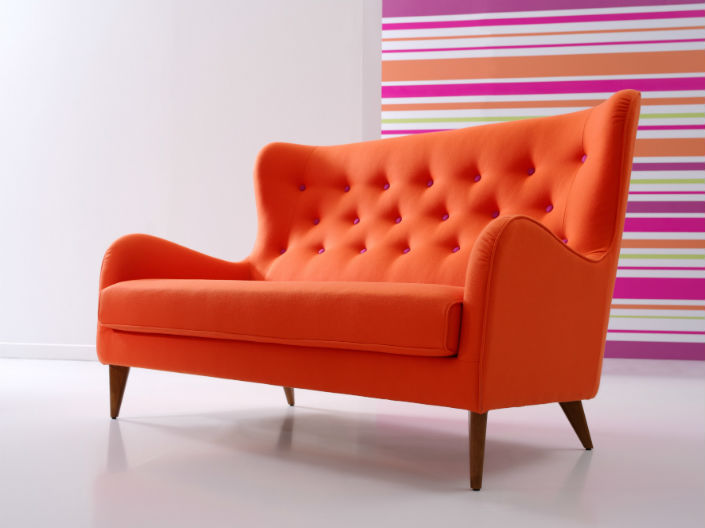 Stunning Contemporary 2 Seater Sofa A Modern Tufted 2 Seater Sofa