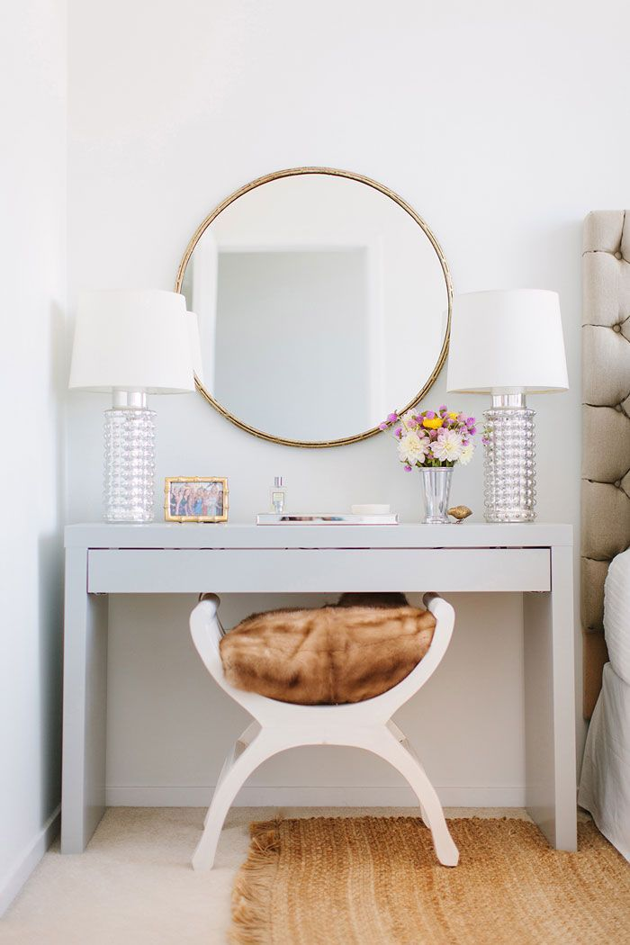 Stunning Small White Bedroom Vanity Best 25 Modern Vanity Table Ideas On Pinterest Modern Makeup