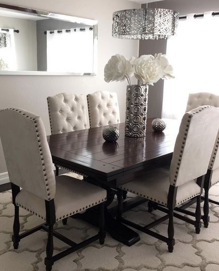 Stunning Tufted Dining Room Set These Pin Tuft Chairs Are Really Good For The Dining Room Not For