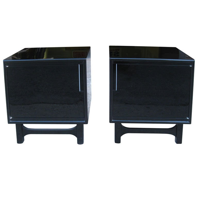 Stylish Black Bedroom End Tables Black Lacquer Pair Of Mid Century Modern Bedside End Tables At 1stdibs