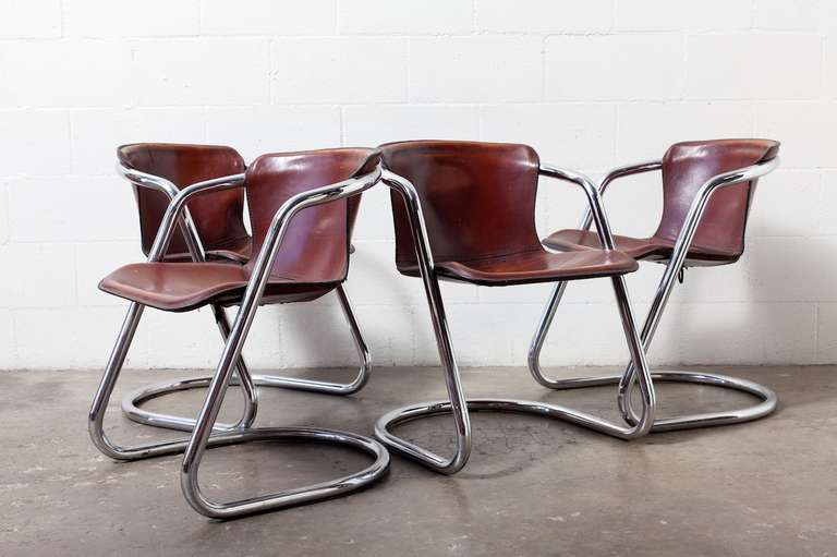 Stylish Chrome Dining Chairs Set Of 4 Leather And Chrome Dining Chairs At 1stdibs