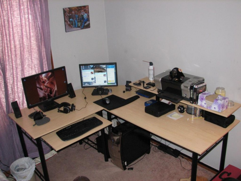Stylish L Desk Gaming Setup Attractive Ergonomic Desk Setup Two Monitors Cool Ergonomic Gaming