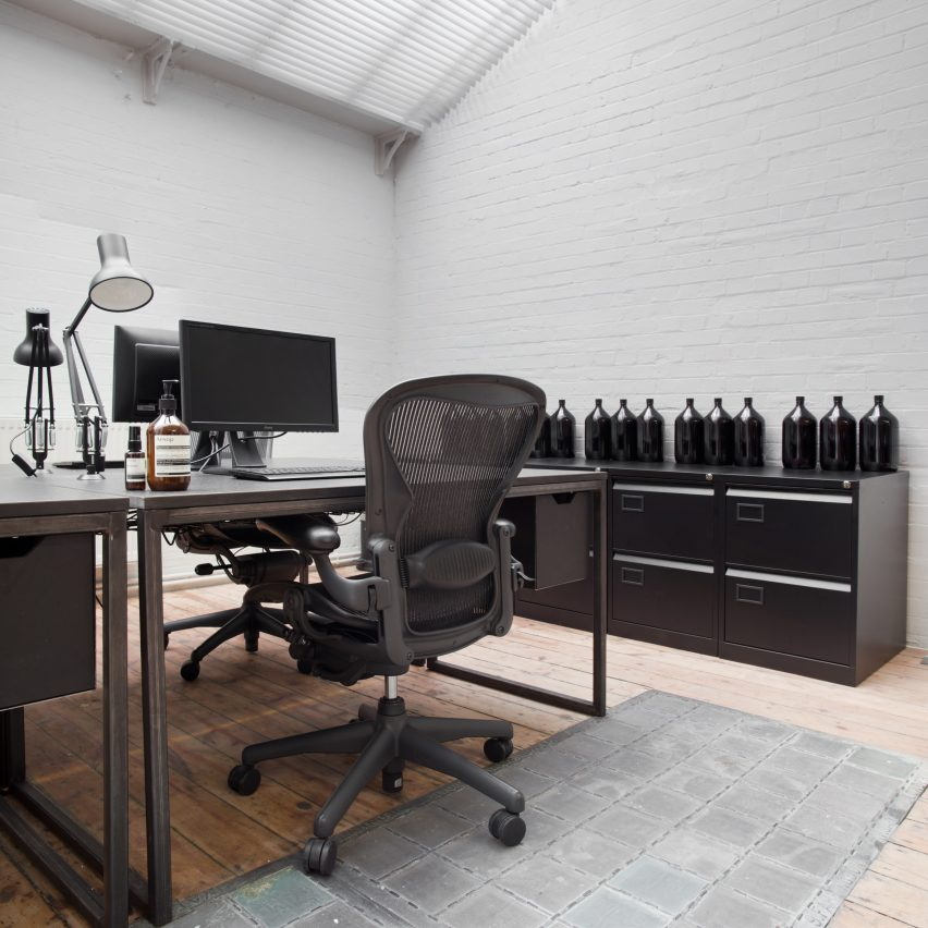 Stylish Minimalist Office Desk 12 Of The Best Minimalist Office Interiors Where Theres Space To