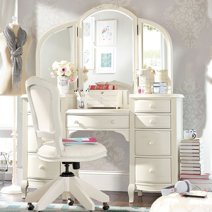 Stylish Small White Bedroom Vanity Bedroom 2017 Lilac Bedroom Vanity White Bedroom Vanities Vanity