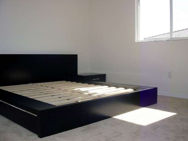 Stylish Solid Foundation Platform Bed Minus The Box Spring The Positive Perks Of Platform Beds