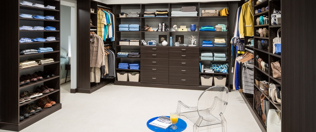 Stylish Walk In Closet Design Infographic How To Plan Your Walk In Closet Easyclosets