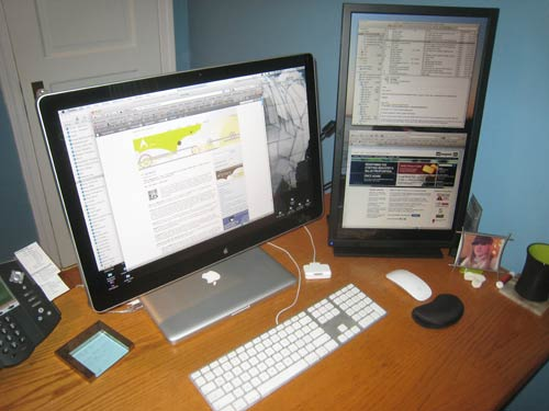 Unique Laptop And Monitor Desk Setup Run Two Monitors From Your Laptop