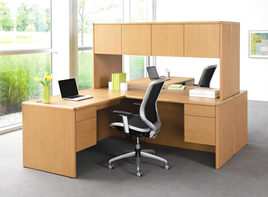 Unique Small Office Table And Chairs New Design Customized Office Furniture Seats Glass Partition