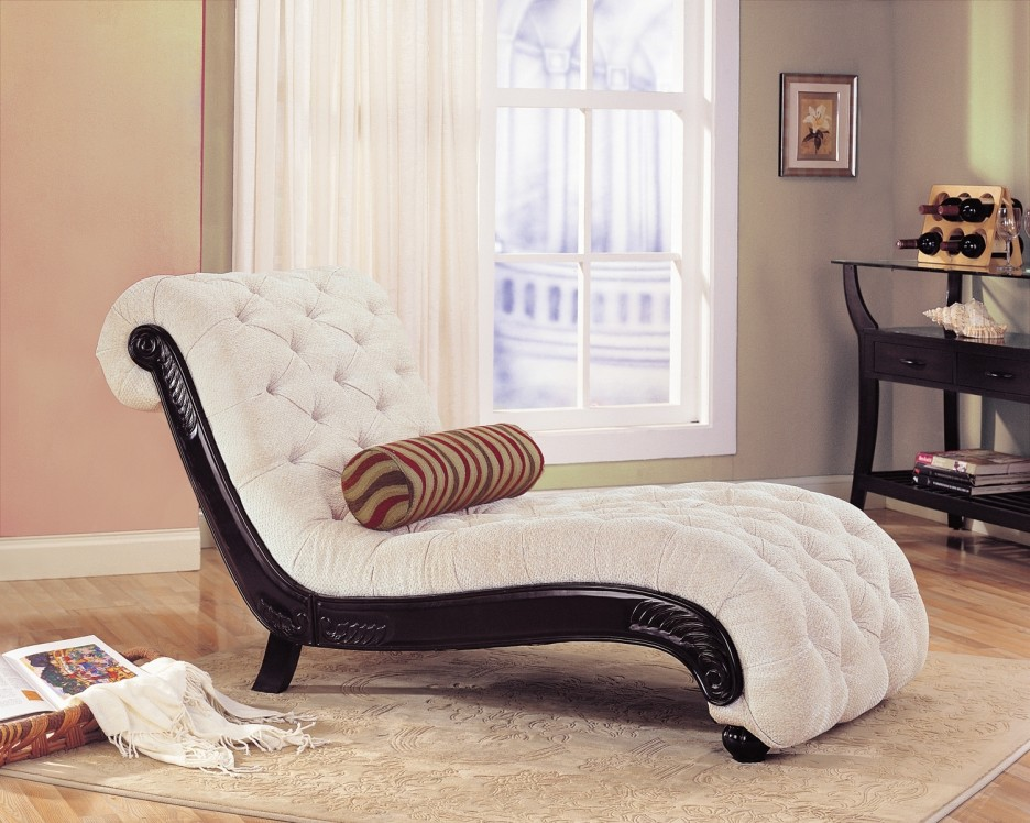 Wonderful Cream Tufted Chaise Lounge Living Room Delectable Image Of Living Room Decoration Using Light